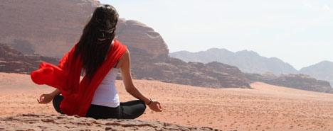 Meditazione nel deserto