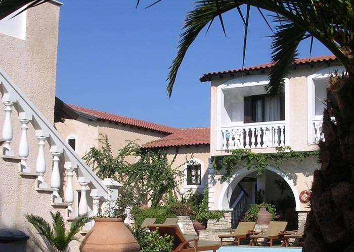 Ino Village Hotel a Samos