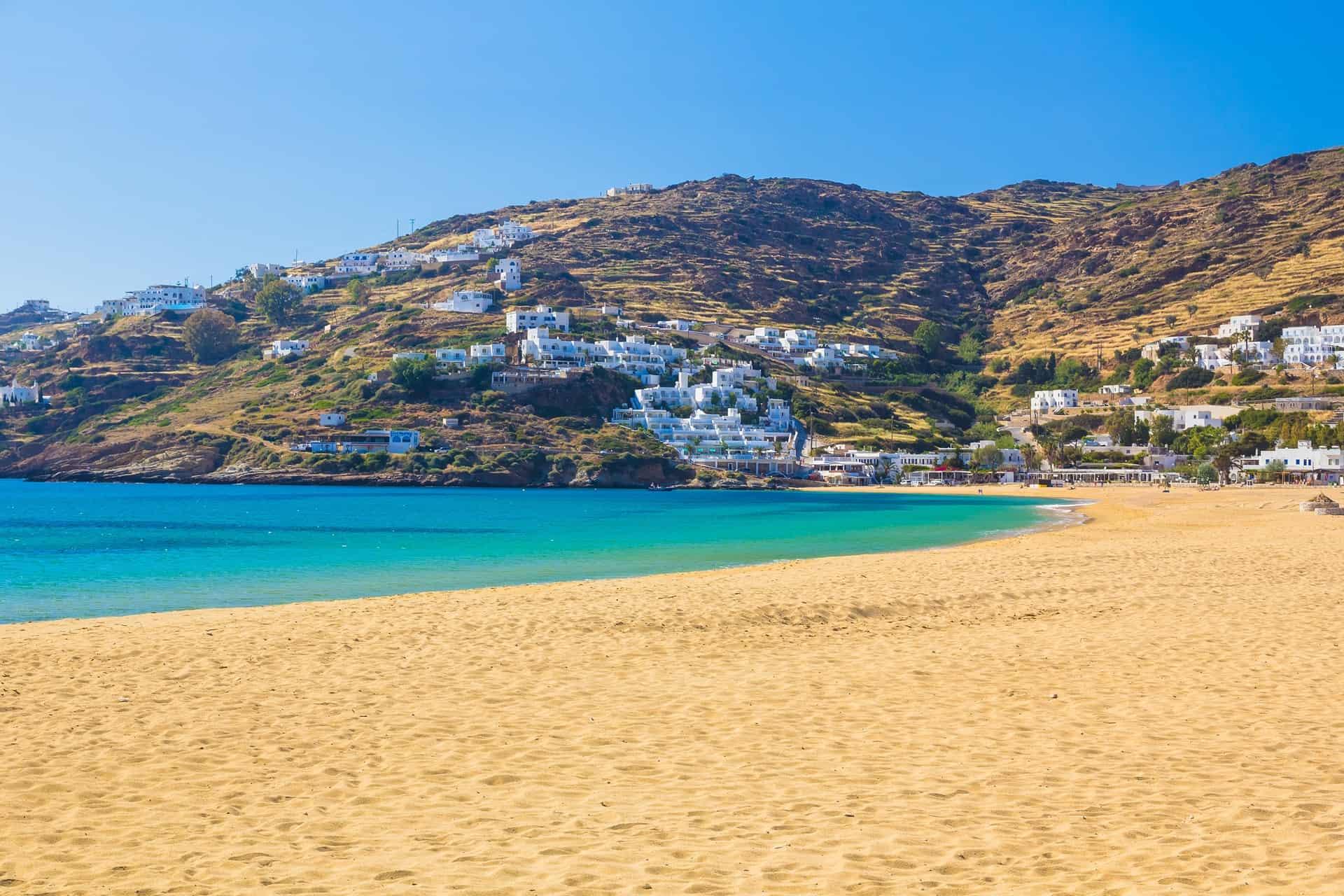 Ios vacanze tra spiagge incantate e mille chiesette
