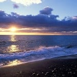 alba-sulla-spiaggia-di-scari-a-stromboli
